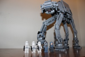 5 x mini figures and AT-AT