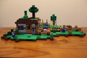 LEGO Minecraft 21115 + 21114 sets 'connected'