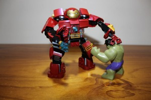 Not sure how the movie will play out, but here, Hulk Buster will prove the victor!
