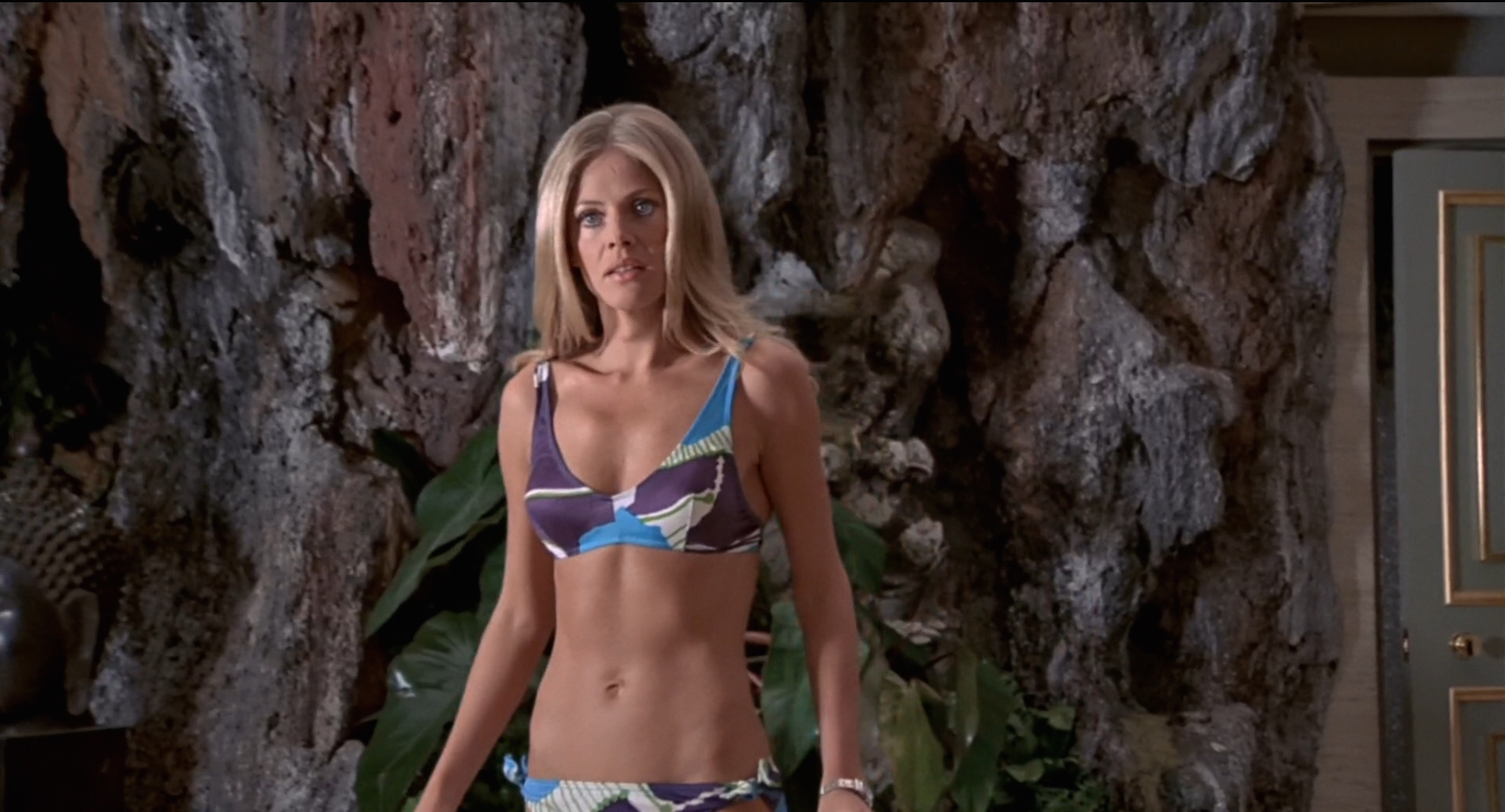Andrea Anders Sex Scene james bond – the man with the golden gun (1974) review