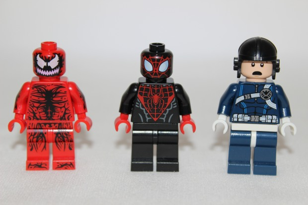 Carnage. Spider-Man and SHIELD Agent