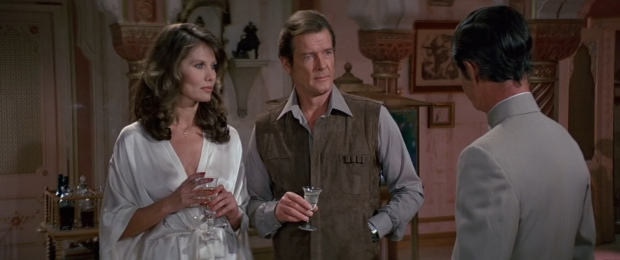 Maud Adams as Octopussy, Roger Moore as 007 facing off against Kamal