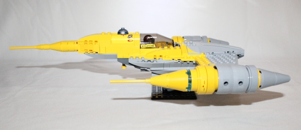 Naboo Starfighter side view and the colours really pop